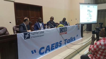 estrade de la CAEBS Talks